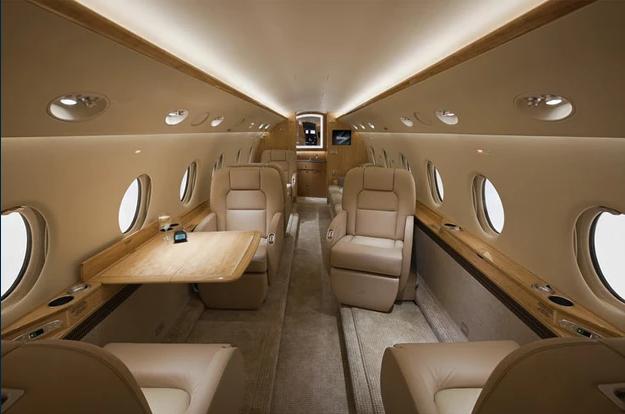 1 фото салон 2 - Gulfstream G200