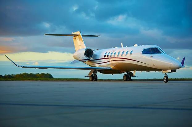 2019 05 06 01 43 02 - Bombardier Learjet 75