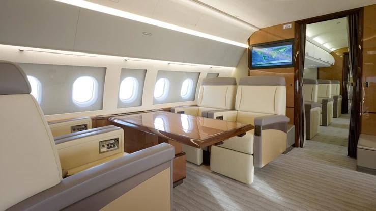 2019 05 06 04 13 28 - A319CJ Corporate Jetliner